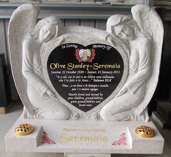 CARVED ANGEL PAIR WHITE PEARL GRANITE WITH BLACK GRANITE INSERT SPLAY