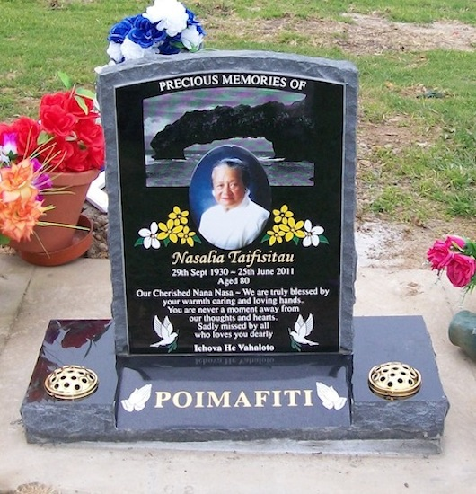 Mixed And Custom Designed Headstones Headstones Auckland - Ceramic photo on headstone